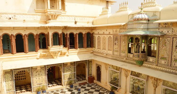 Bada-Mahal-Udaipur-1.jpg