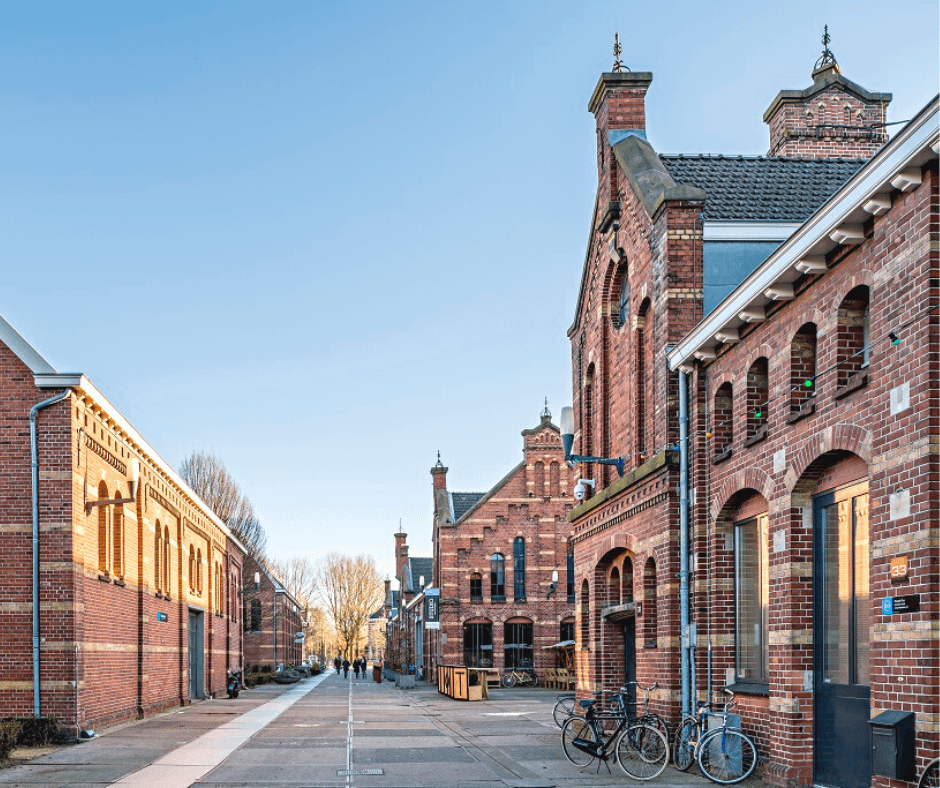 Quiet-street-in-Westergas