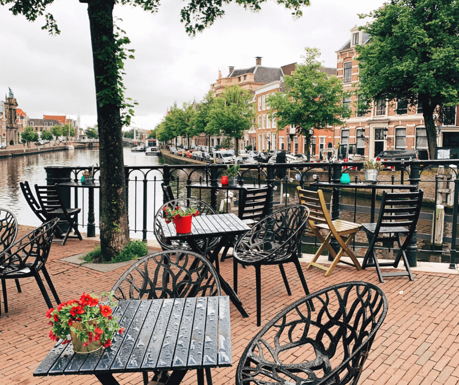 Relaxing-and-charming-atmosphere-at-haarlem