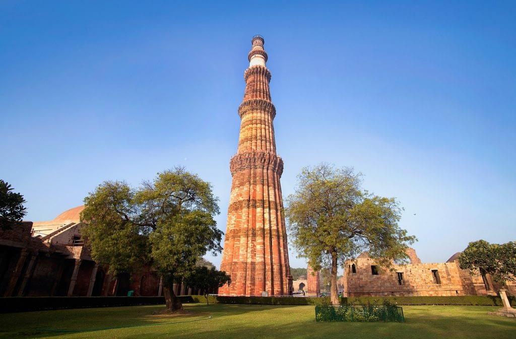 qutub-minar delhi