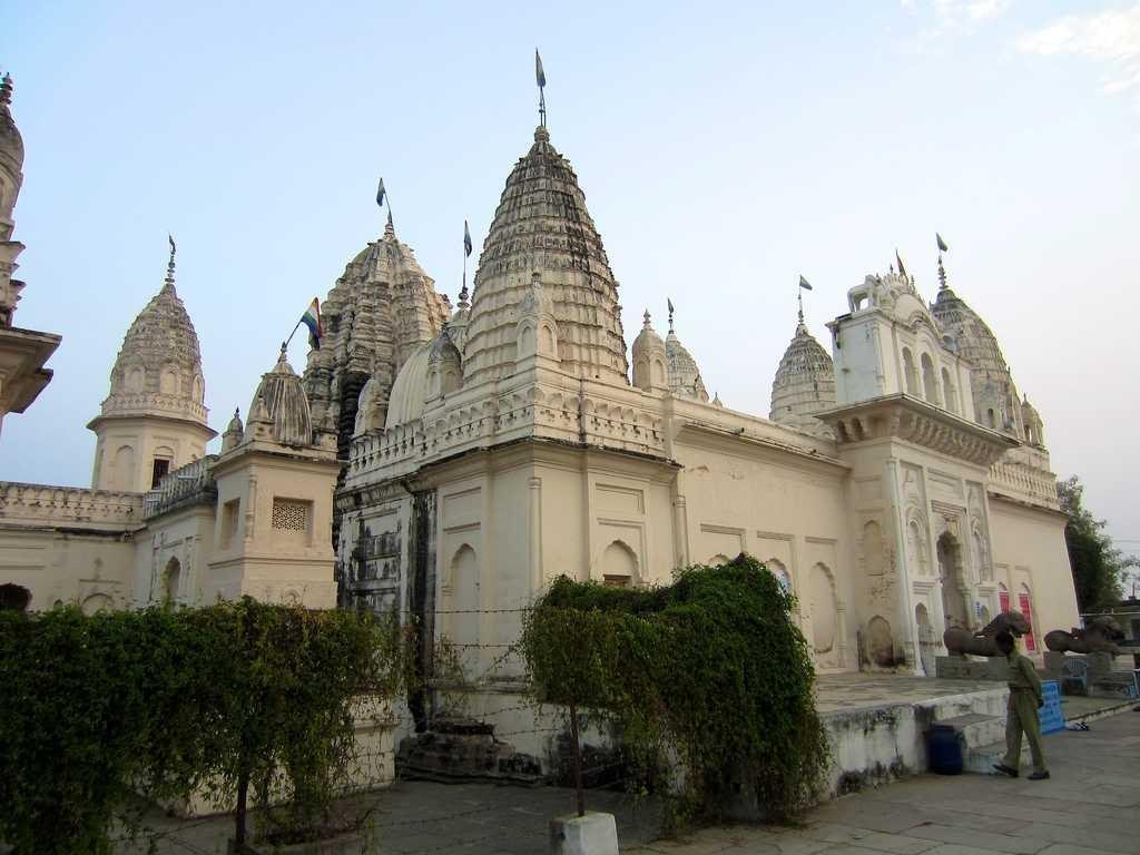 shantinath temple in Jaisalmer