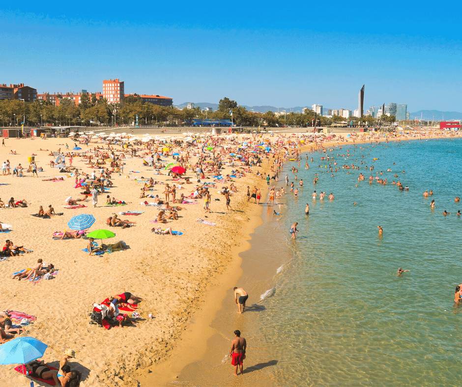 crowded-beaches-in-barcelona Barcelona Attractions