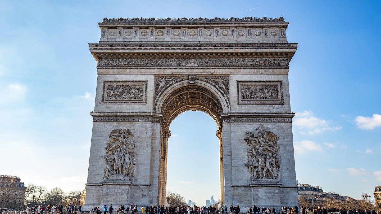 The-infamous-Arc-de-Triomphe-in-France