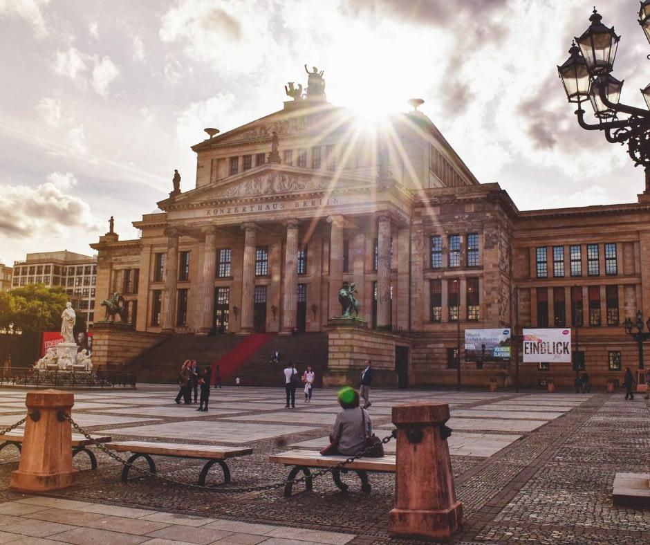 front-view-of-the-gendarmenmarkt-in-berlin
